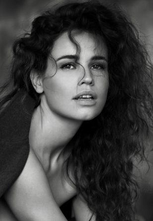 Anneke W.